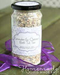 kitchen tea gift ideas 100 kitchen gift ideas for mom party archives
