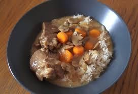 cuisiner du veau en morceau blanquette de veau soniab recette cuisine companion