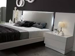 Lacquer Bedroom Set by Luxurious White Lacquer Bed Sj Dolores Contemporary Bedroom