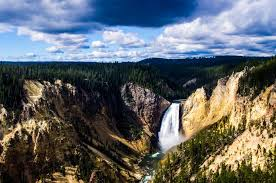 the best of yellowstone and grand teton if you only a week