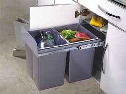 poubelle recyclage cuisine conteneur poubelle cool litres per with conteneur poubelle