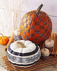 White Ceramic Pumpkin Centerpiece by 60 Amazing Pumpkin Centerpieces And Glorious Fall Decorating Ideas
