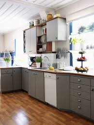 Organize Kitchen Cabinet How To Organize Kitchen Cabinets Which Looks Slid Out Of The