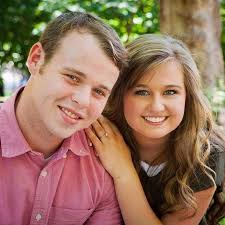 kendra wedding ring joseph duggar and kendra caldwell s wedding date and registry