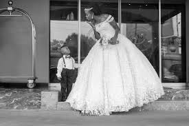 and white wedding photos from tope and jibola s white wedding ceremony