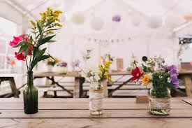 wedding flowers guide diy wedding flowers a planning budgeting guide in collaboration