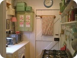 love this english cottage kitchen vintage decor pinterest