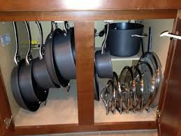 kitchen storage ideas for pots and pans 4c86107f70a3bd8ec089d86943402ca3 jpg 736 552 things