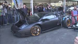 lamborghini reventon crash lamborghini murcielago destroyed in taiwan for illegal importation