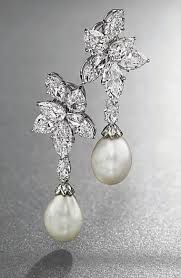 diamond and pearl earrings best 25 pearl and diamond earrings ideas on pearl