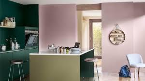 cuisine brun quatre façons de rehausser votre cuisine avec la couleur de l