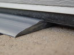Overhead Door Seals by Garage Door Threshold Home Design By Larizza