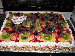 yellow and chocolate cake with fresh fruit topping cakecentral com