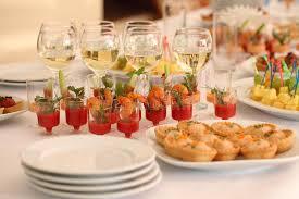 canapes aperitif aperitif canapes stockbild bild canapes aperitif 61186233