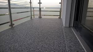 steinteppich balkon steinteppich der fugenlose bodenbelag für den innen und