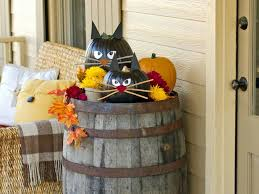 Cute Outdoor Halloween Decorations Yard by Diy Halloween Decorating Ideas For Inside Outside Yard Office