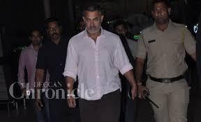 Aamir Khan Home Injured Aamir Khan Returns Home From U0027dangal U0027 Shoot