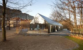 Coolhouses Com by See These Mirrored Buildings Blend Into Their Surroundings Today Com