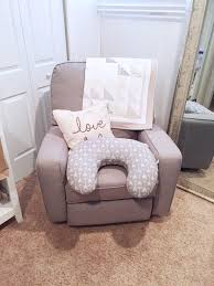 Rocking Chair For Breastfeeding 5 Tips For Surviving Breastfeeding Little Miss Fearless