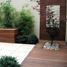 courtyard designs and outdoor living spaces best 25 modern courtyard ideas on small garden ideas