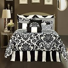 black and white bedroom comforter sets black and white bedroom bedding i have this pattern but backwards