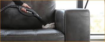 nettoyer le cuir d un canapé comment entretenir le cuir d un canapé élégamment tout savoir sur