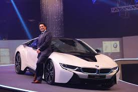 hybrid sports cars bmw i8 the hybrid sports car has arrived on indian shores gtspirit