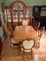 Thomasville Cherry Dining Room Set by Villa Soleil Dining Room Allegheny Furniture Consignment