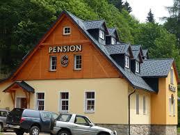 U K Henzeile Pension Pstruží