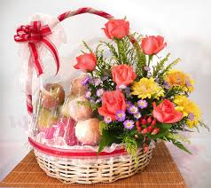 fruit flowers baskets the fruit flower basket lavender flora largest online florist