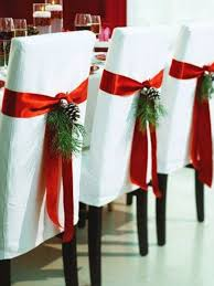 Christmas Table Decorating On A Budget by Last Minute Holiday Decorating On A Budget