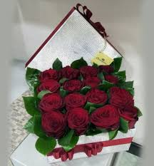 boxed roses arrangement in a gift box 16 large roses