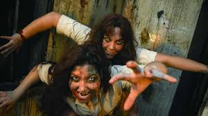 haunted houses on long island scary halloween attractions to