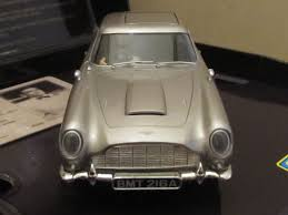 aston martin classic james bond scalextric c3091a aston martin db5 james bond 007 goldfinger 1 32
