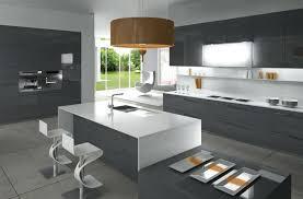 cuisine blanche grise cuisine blanche et grise cuisine grise et blanche bee