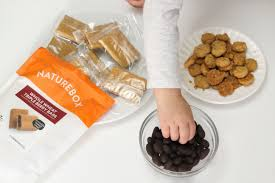 snack delivery service healthy snacking with naturebox the all online snack