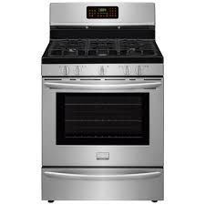 Clean Stainless Steel Cooktop Frigidaire Gallery 5 0 Cu Ft Gas Range With Convection Self