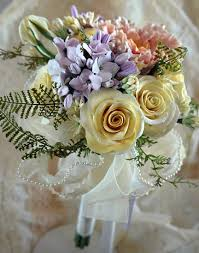 Heirloom Bouquets U0026 Sculpted Floral Keepsakes Bridal Accessories