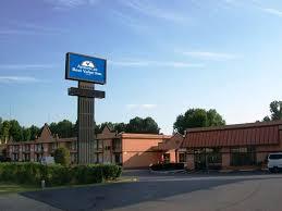 Comfort Inn And Suites Memphis Comfort Inn U0026 Suites Tourist Class Memphis Tn Hotels Gds