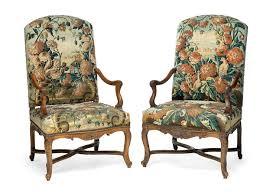 canapé mobilier de mobilier de salon comprenant quatre fauteuils et un canapé