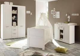 kinderzimmer landhausstil komplett babyzimmer landhaus babybett wickelkommode