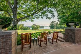 Backyard Grill Cypress by Cypress Bend Golf And Conference Resort Toledo Bend Lake Country