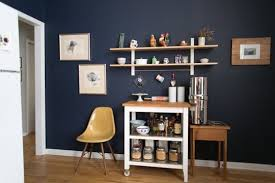 the best paint colors 10 behr dramatic darks honey oak cabinets