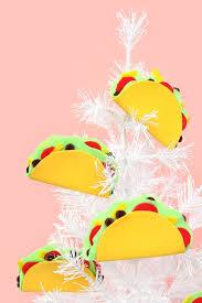 10 minute diy taco ornaments