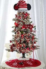 30 quirky disney christmas decoration ideas christmas celebrations