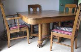 Oak Table And Chairs Sat Nov 7 2009 At 10 00 Am Near Erin By Mcarthur Bessey Auctions