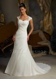 wedding dresses with sleeves uk sweetheart neckline sweep wedding dresses uk wedding2710