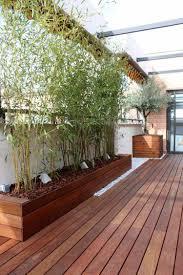 auvent en bois pour terrasse brise vue bambou et clôture pour plus d u0027intimité dans le jardin