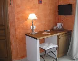 chambre hotes luberon le clos des lavandes chambres de charme luberon à lacoste