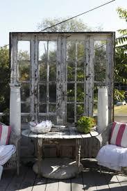 tonnelle en bambou 55 idées déco jardin u2013 réutiliser les vieilles portes et fenêtres